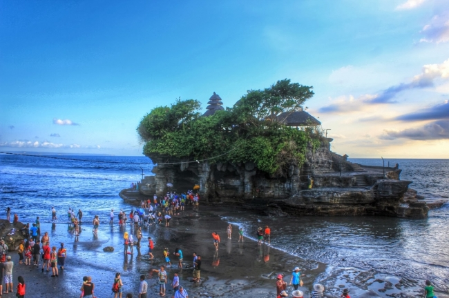 VIAJES GRUPALES A DUBAI E INDONESIA DESDE BUENOS AIRES - Dubái / Bali / Denpasar / Gunung Kawi / Islas Gili / Pura Ulun Danu Bratan / Tanah Lot / Templo madre de Besakih / Tirta Empul / Ubud / Ubud Monkey Forest /  - Buteler en Dubai